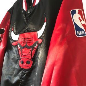 Starter Chicago Bulls Bomber Jacket: Size Large